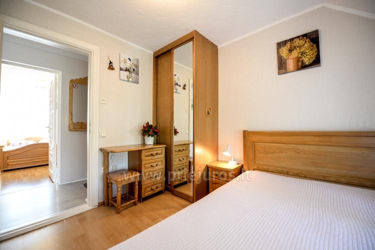 urlaub in nida in einem kiefern schatten f r 2 4 personen balticseaside lt. Black Bedroom Furniture Sets. Home Design Ideas