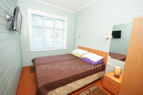 Suite with separate entrance and separate bathroom