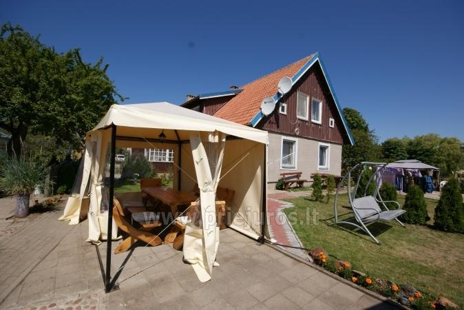 Dviejų kambarių butas su atskiru įėjimu ir veranda Nidoje. Yra WiFi. - 2