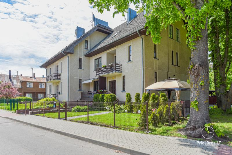 Apartamentai, kotedžas Palangos senamiestyje, miesto širdyje.