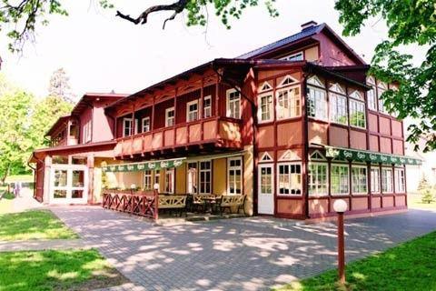 Viešbutis Juodkrantėje Vila Flora