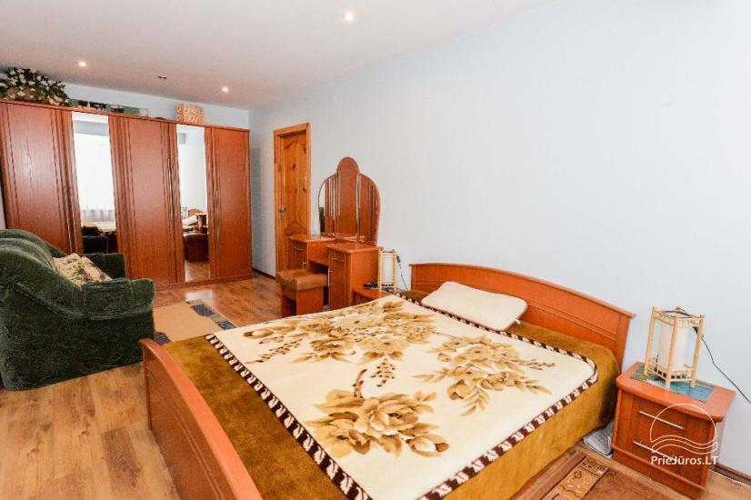 Ilgalaikei ir trumpalaikei nuomai dviejų kambarių butas su visais patogumais - 9