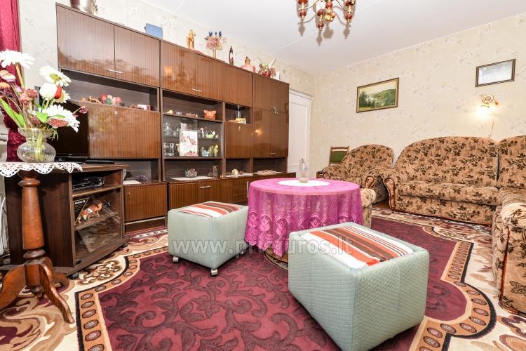 Dviejų kambarių butas Pervalkoje: balkonas,pavėsinė,šašlykinė,sūpynės. - 7
