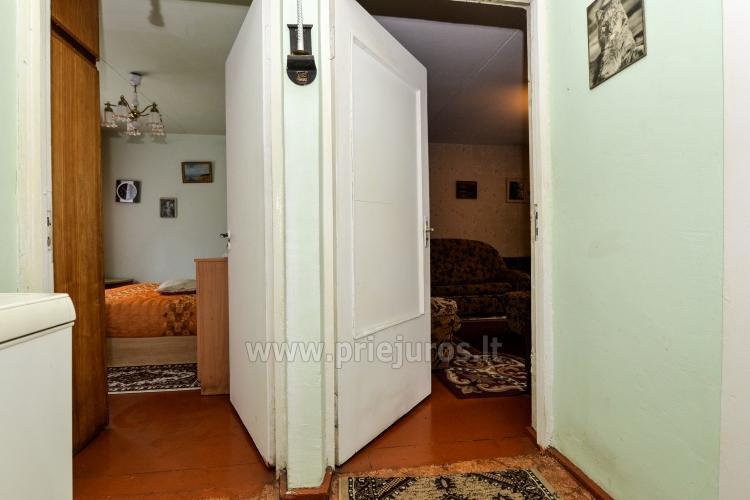 Dviejų kambarių butas Pervalkoje: balkonas,pavėsinė,šašlykinė,sūpynės. - 11