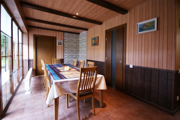 Sauna's sitting room
