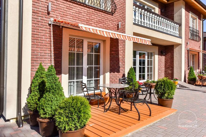 Jauni brīvdienu māja, apartamenti un numuri ar virtuvi un terasēm Palangā - villa OPTIMISTAS - 19