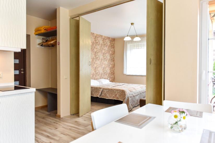 Jauni brīvdienu māja, apartamenti un numuri ar virtuvi un terasēm Palangā - villa OPTIMISTAS - 31