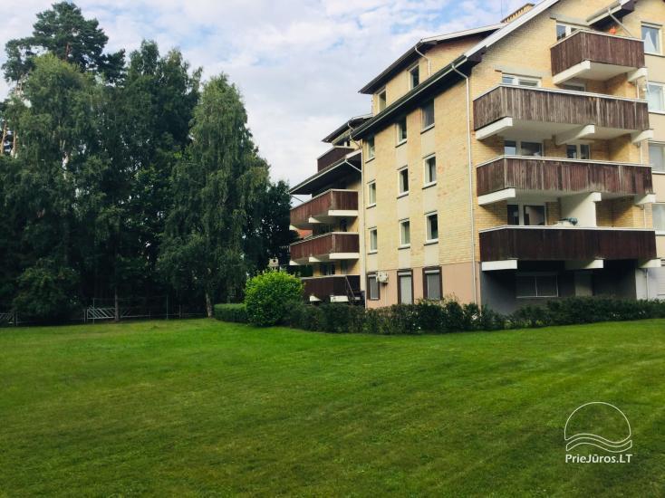 Išnuomojami keturių kambarių apartamentai Juodkrantės centre su vaizdu į Kuršių marias bei nuostabiu gamtos reginiu į Raganų kalną - 2
