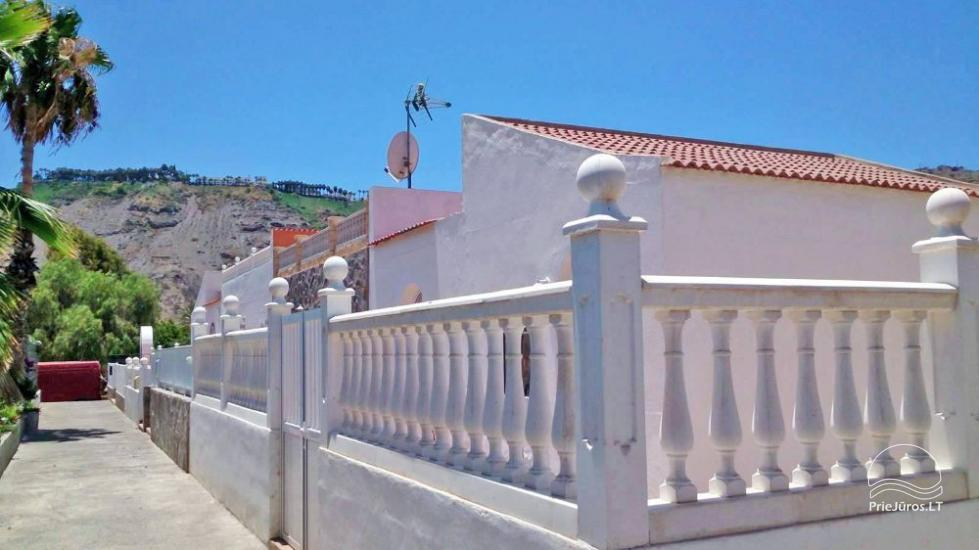 Holiday Cottage (villa) with private courtyard in Gran Canaria - in the southern part, private villas area - 11