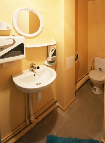 Dvivietis pirmame aukšte, tualetas