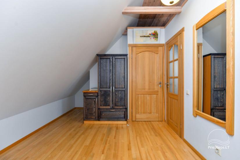 Trīs istabu dzīvoklis ar pagalmu, lapene - īre Nidā, Kuršu kāpā - 21