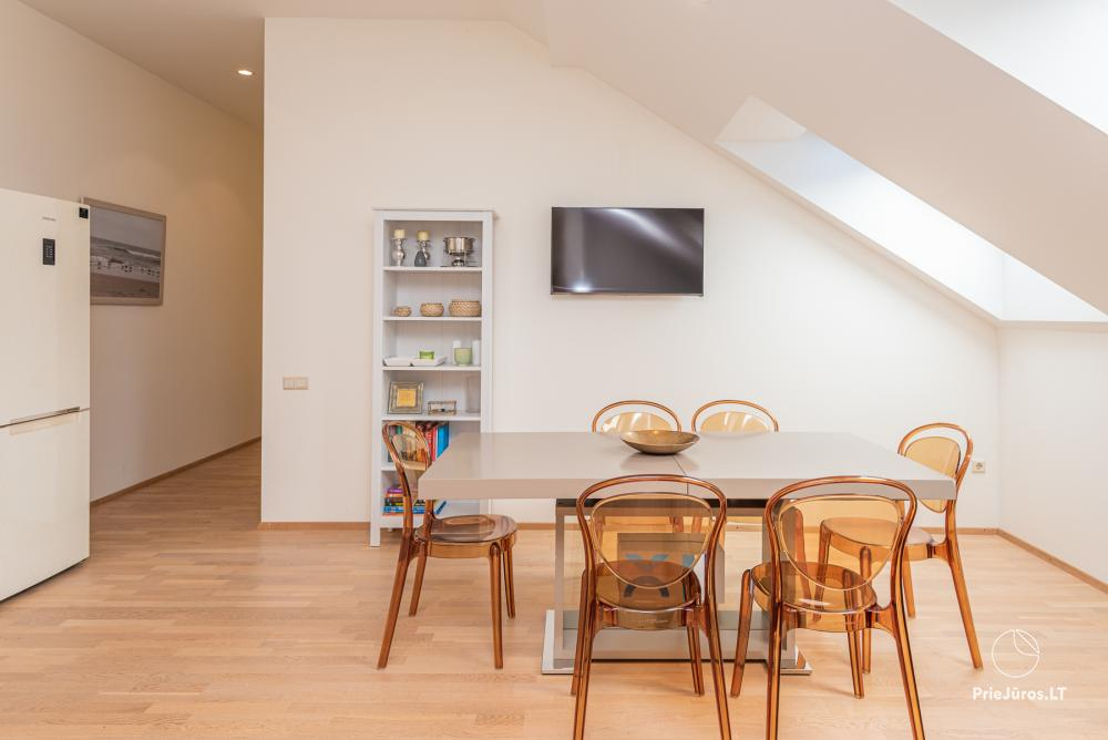 3 miegamųjų erdvūs apartamentai Nidoje su balkonu / terasa - 3