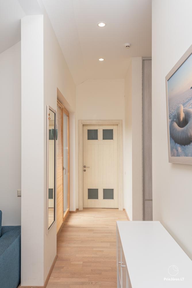 3 miegamųjų erdvūs apartamentai Nidoje su balkonu / terasa - 10