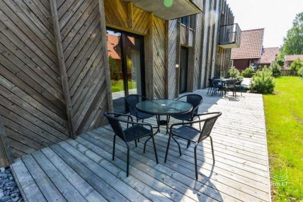 BRANDNEUE Wohnungen für 2-4 Personen in Pervalka das ganze Jahr über zu vermieten