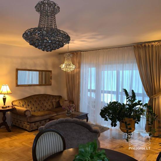 Palangā tiek izīrētas divas istabas ar terasi un kondicionieri - 2