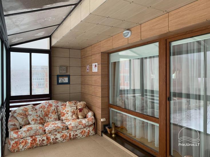 Palangā tiek izīrētas divas istabas ar terasi un kondicionieri - 3