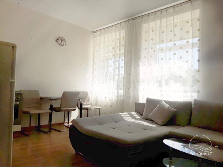 2 kambarių butas Palangos centre - 1