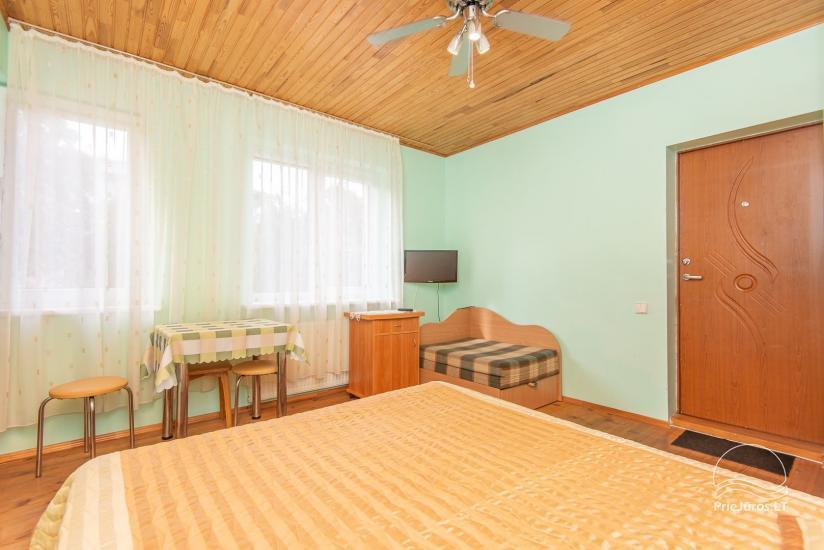 Erdvūs, jaukūs ir tvarkingi kambariai su visais patogumais nuomai Palangoje, privačiame name - 12