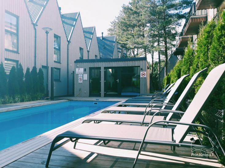 Wohnung Apartment In The Forest mit beheiztem Pool. Bis zum Meer nur 600 Meter!