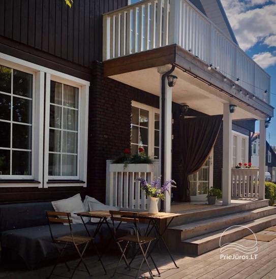 Riverfront Home - Skandinaviški kotedžai ant upės kranto