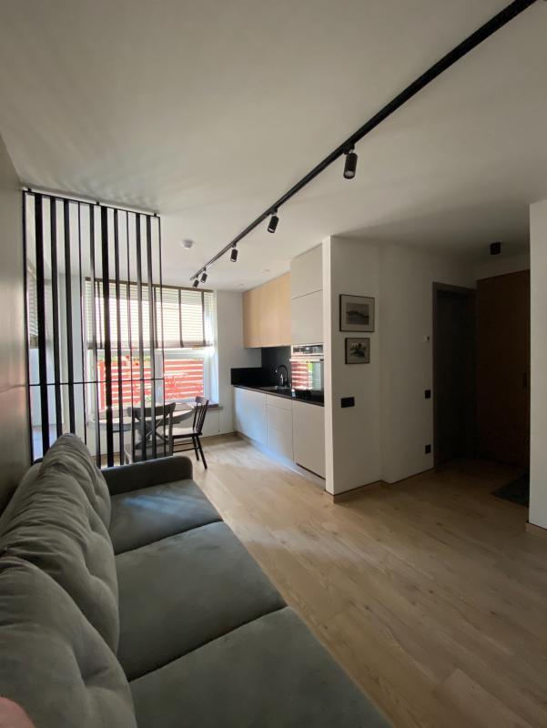 """Apartamentai Juodkrantėje: """"SMILGA"""" 2-jų kambarių ir """"KURŠIS"""" 1-o kambario"""