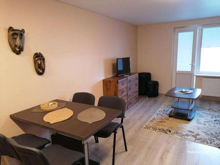 Tiek izīrēts divu istabu dzīvoklis Palangā, blakus priežu mežam - 2