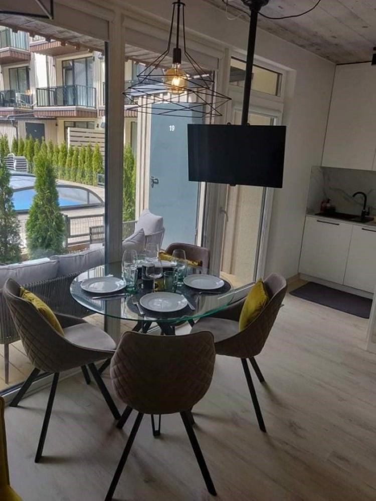 Apartamentų nuoma su terasa, baseinu ir vaikų žaidimo aikštele - 2