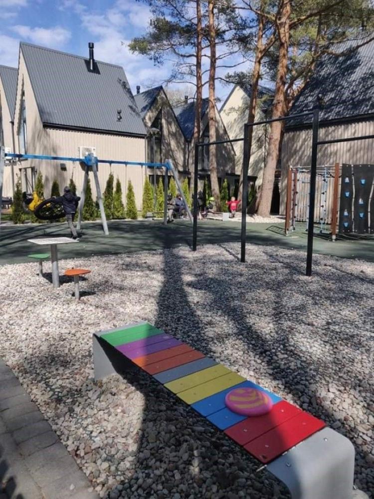 Apartamentų nuoma su terasa, baseinu ir vaikų žaidimo aikštele - 13