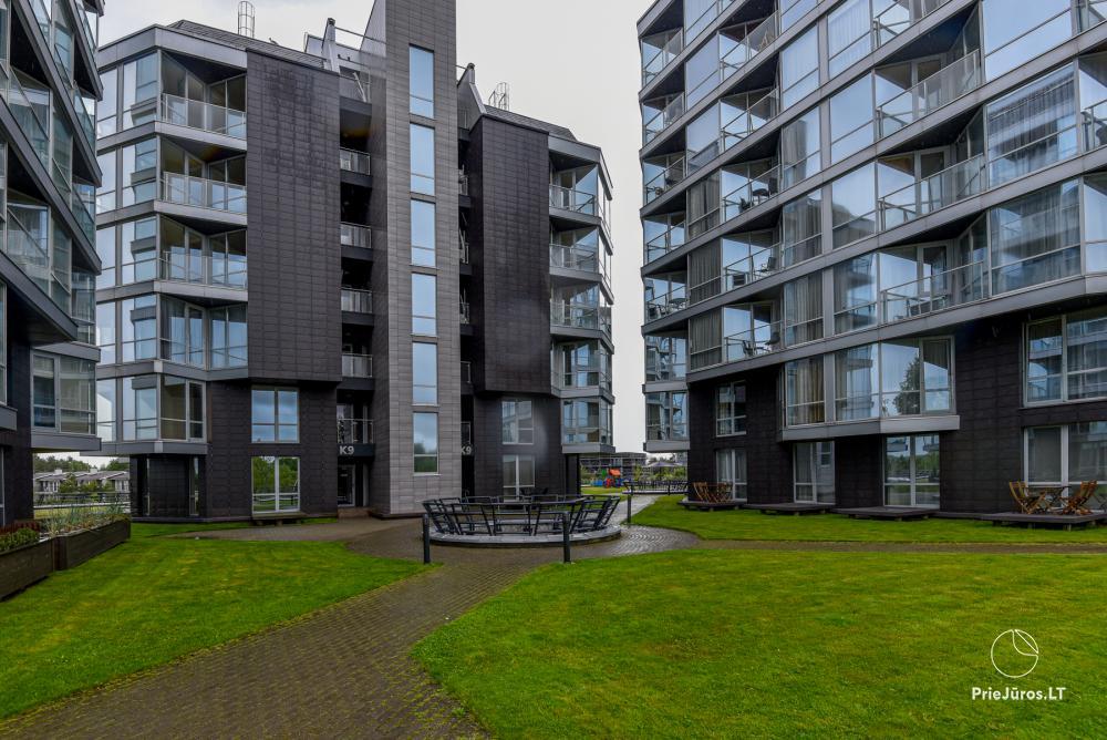 Nuomojamas naujai įrengtas 1 kambario butas su terasa Šventojoje, Elijos komplekse - 1