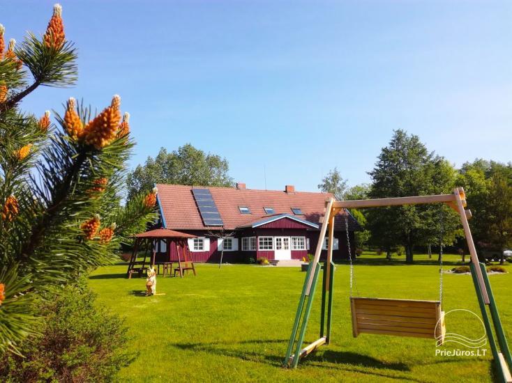 Ferienwohnungen, Zimmer, Ferienhütten, Camping, Haus mit Halle Sodyba prie jūros - 2