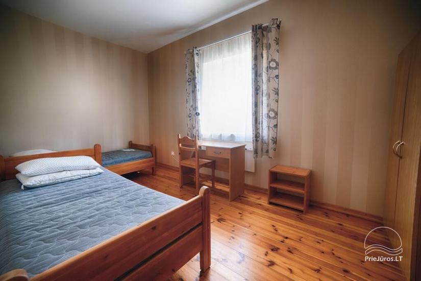 Ferienwohnungen, Zimmer, Ferienhütten, Camping, Haus mit Halle Sodyba prie jūros - 23