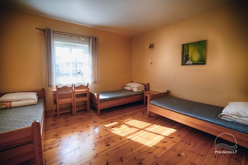 Ferienwohnungen, Zimmer, Ferienhütten, Camping, Haus mit Halle Sodyba prie jūros - 25