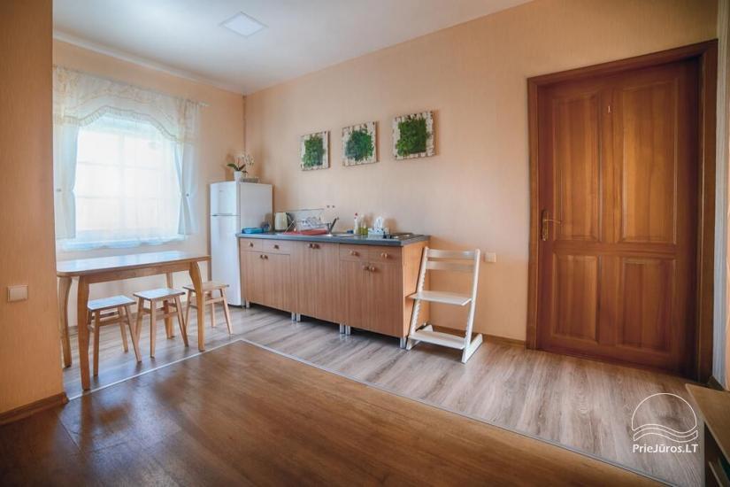 Ferienwohnungen, Zimmer, Ferienhütten, Camping, Haus mit Halle Sodyba prie jūros - 26