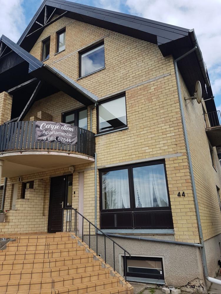 Svečių namai Carpe diem - erdvūs apartamentai Jūsų poilsiui Palangoje - 1