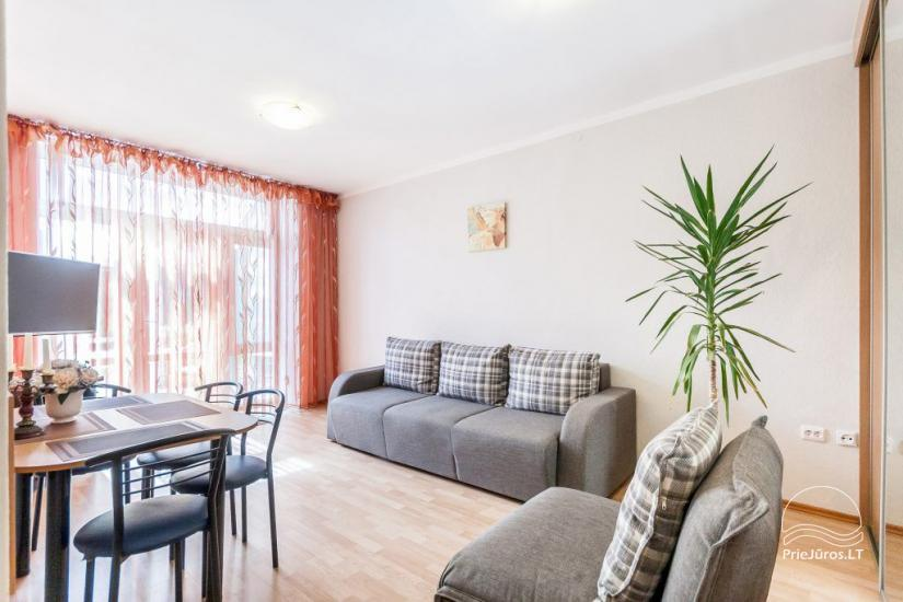 1–3 istabu dzīvokļi Juodkrantē Prie Azuolo – atsevišķas ieejas, virtuves, terases - 18