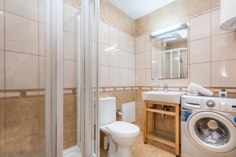 1–3 istabu dzīvokļi Juodkrantē Prie Azuolo – atsevišķas ieejas, virtuves, terases - 47