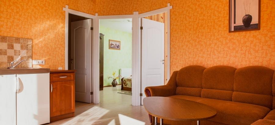 Nr. 4 trijų kambarių šešiaviečiai apartamentai