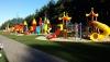 Vaikų parkas- žaidimų aikštynas už 300 m nuo vilos