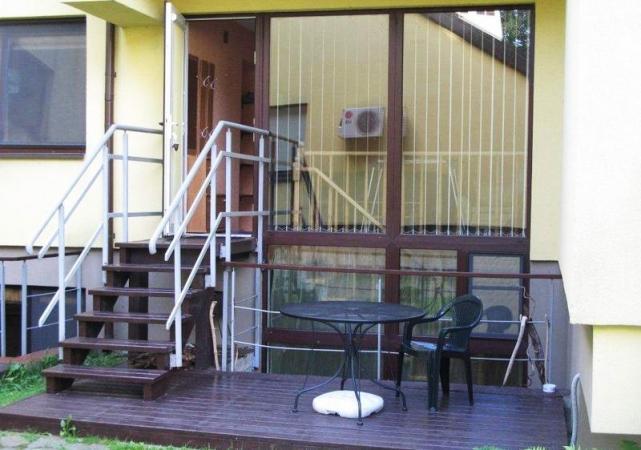 Dviejų kambarių apartamentai Juodkrantėje su terasa - 1