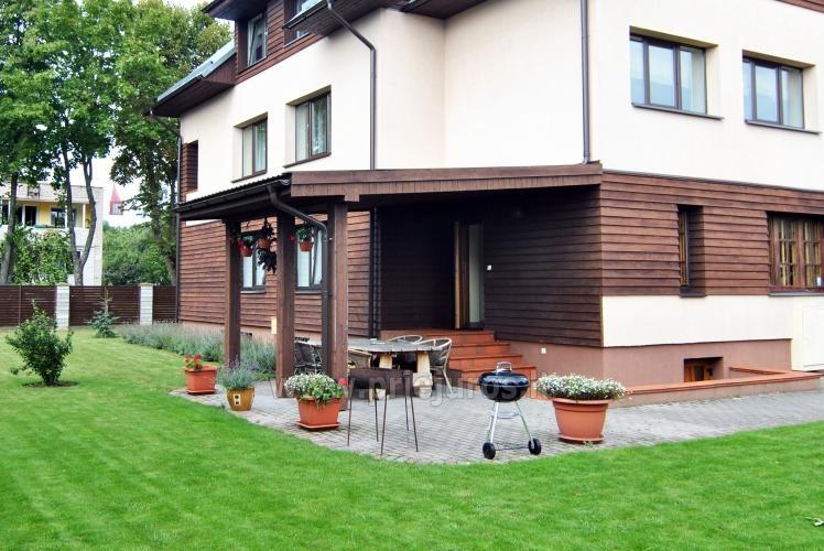 Kambariai ir apartamentai Šventojoje - svečių namai  11 ŽUVĖDRŲ
