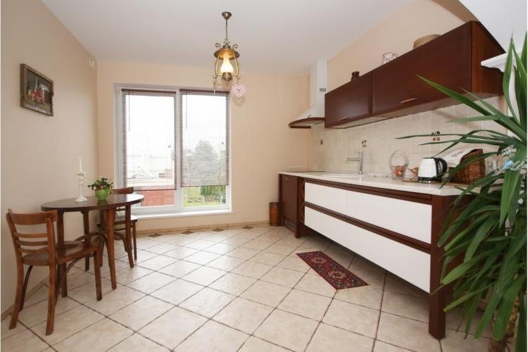 Nr. 4 prabangūs studijos tipo apartamentai 2-3 asmenims. 50 kv.m.