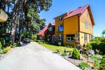 Holiday cottages Po pušim and 2 rooms flat for rent in Palanga