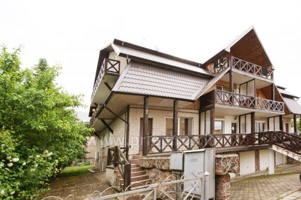 3-room apartment in Palanga (up to 6 persons). 2 balconies, 2 bathrooms, garage - 9