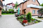 Summerhouse and separate apartment for rent in Palanga