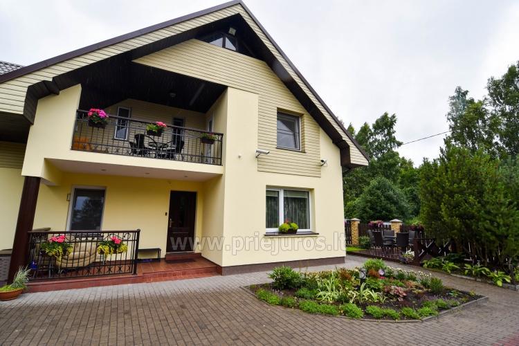 Vila Laurus - 1, 2, 3 kambarių puikiai įrengti apartamentai Kunigiškėse, 300m iki jūros!