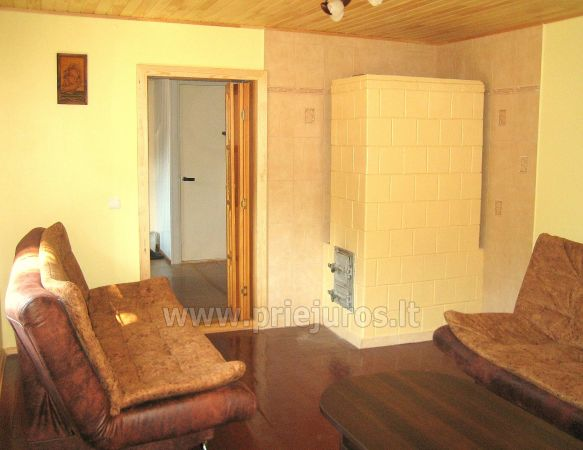 Studio apartment in Nida: on the ground floor, overlooking the lagoon, an arbor with garden furniture in the yard - 4