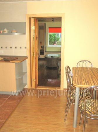 Studio apartment in Nida: on the ground floor, overlooking the lagoon, an arbor with garden furniture in the yard - 6