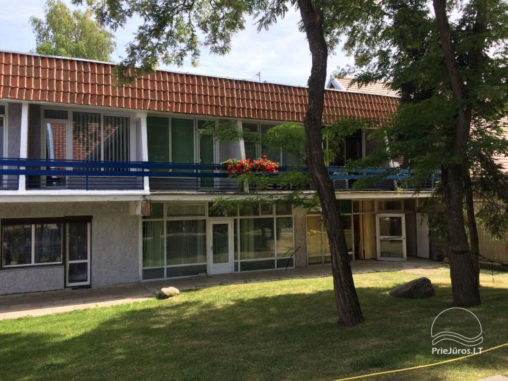 Dviejų kambarių poilsio būstas Preiloje. Abu kambariai - su balkonais! - 2