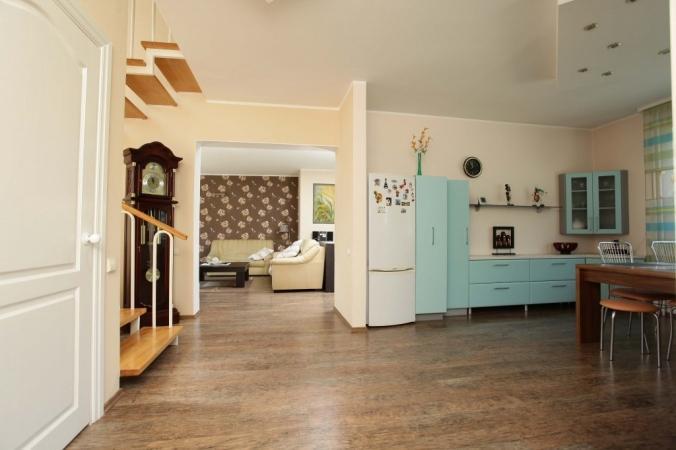 2 st ckiges haus in einer ruhigen und gem tlichen umgebung von palanga urlaublitauen lt. Black Bedroom Furniture Sets. Home Design Ideas