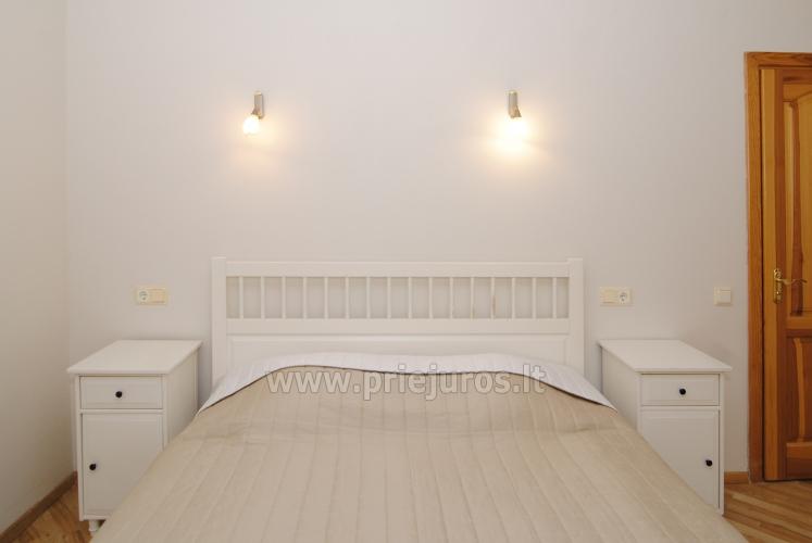 Nr. 1 Vieno kambario numeris (atskiras įėjimas iš kiemo)